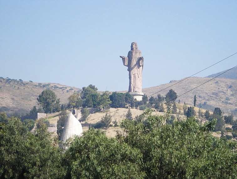 Cristo-Resucitado-Statue-Mexico