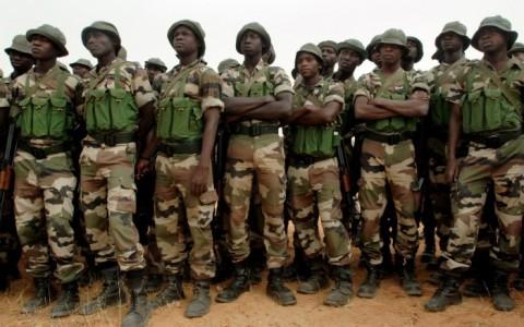 Nigerian-Soldiers-4-e1396916895887-700x480