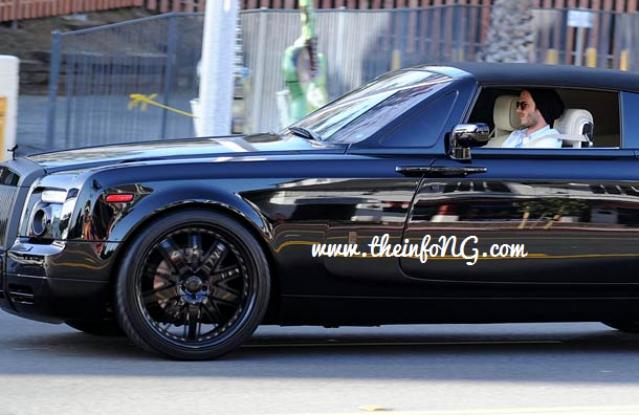 david-beckham-driving-Rolls-Royce