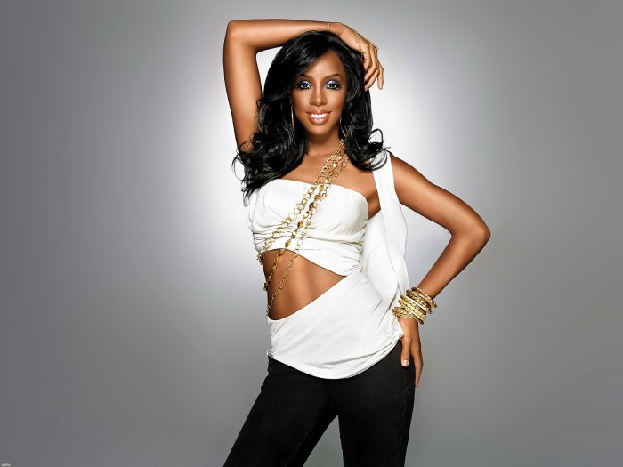Kelly-Rowland-TheinfoNG-700x525