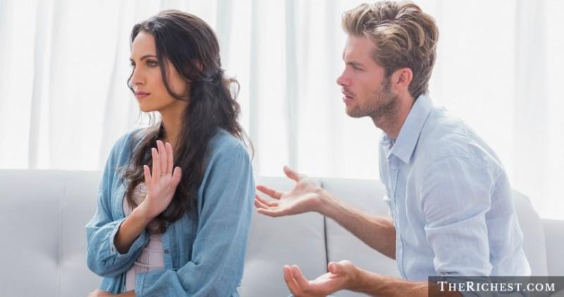 shutterstock_Couple-Arguing (1)