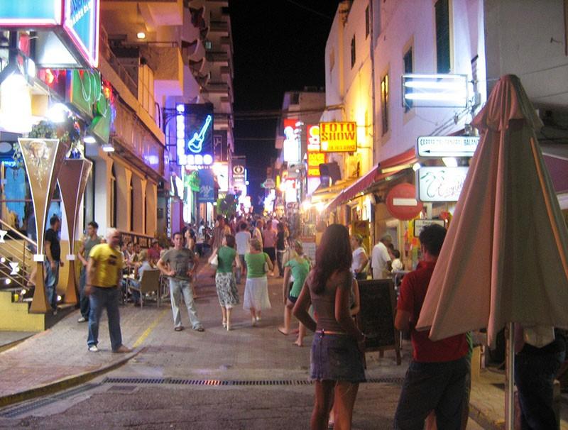 West-End-Sant-Antoni-Madrid-Nightlife