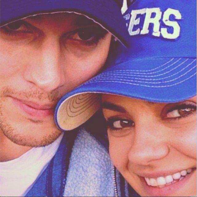 Mila-Kunis-and-Ashton-Kutcher-Oh-Love-Instagram