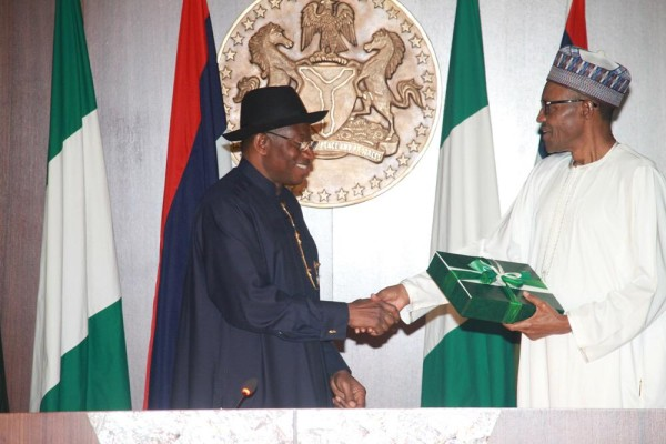 Photos-from-the-presentation-of-Hand-over-notes-from-Jonathan-to-Buhari-600x400