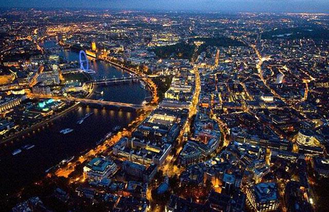party-travel-uk-england-london-nightlife