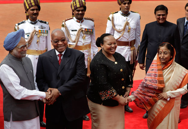 5 African presidents whose wives cheated on them (With ...