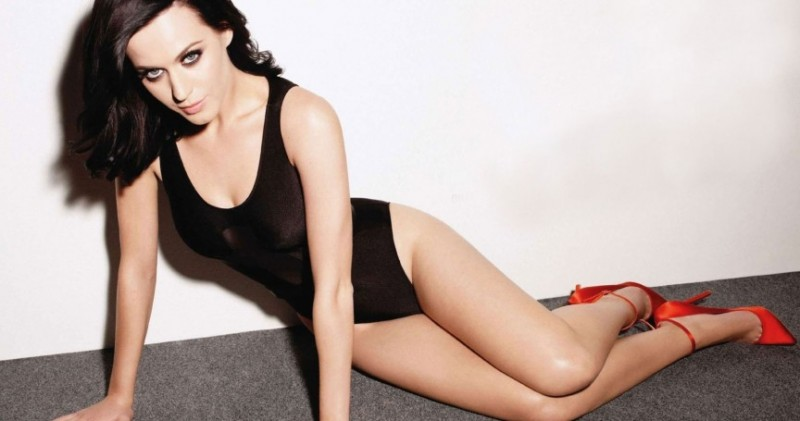 Top-10-Hottest-Female-Singers-Katy-Perry-e1445282141432
