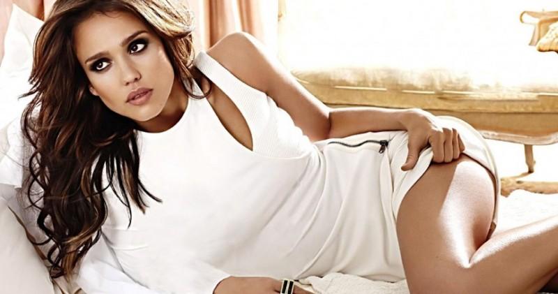 Jessica-Alba-Hot-Jessica-Alba-Background-HD-Wallpaper-e1448403013869