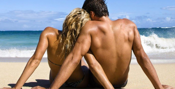 Hot_CoupleS_-_1024x768_-_Wallpapers_-_aman15-20.jpg_a_21-700x357