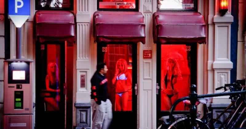 Amsterdam-5-Red-Light-District-e1403110456968